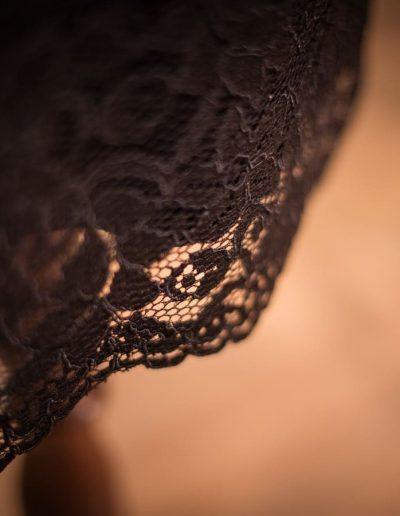 Kleid, maßgeschneidert, Spitze und Jersey, Rückenausschnitt (2)